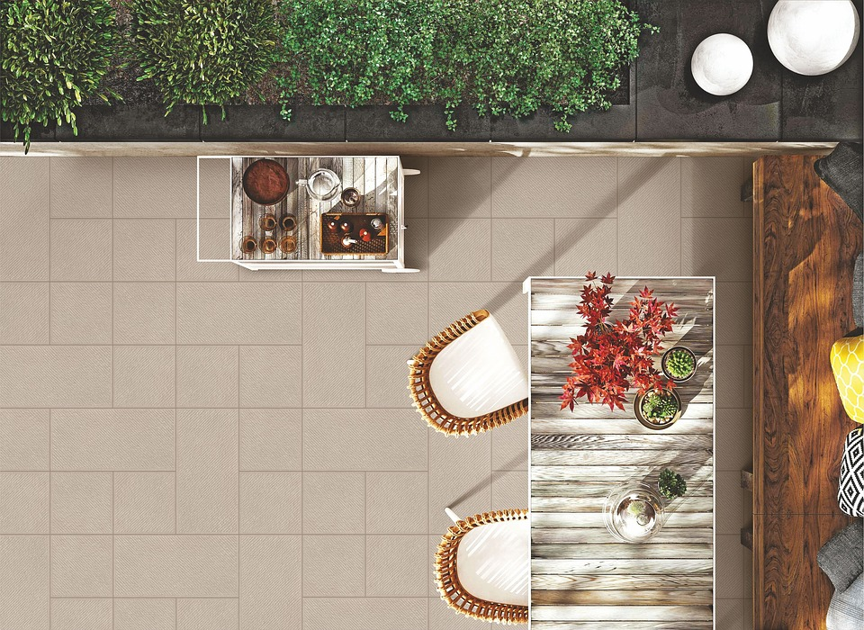 Large vs. Small: What Size Should Your Tiles Be?